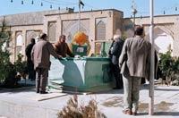 مقبره مرحوم حاج محمد صادق تخته فولادی